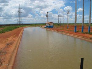 Canal de irrigação do PRODECER